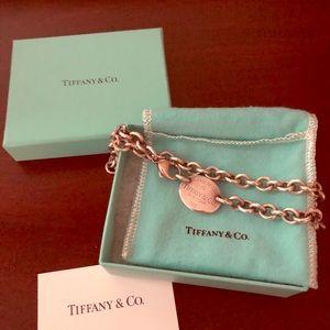 Tiffany's tag necklace
